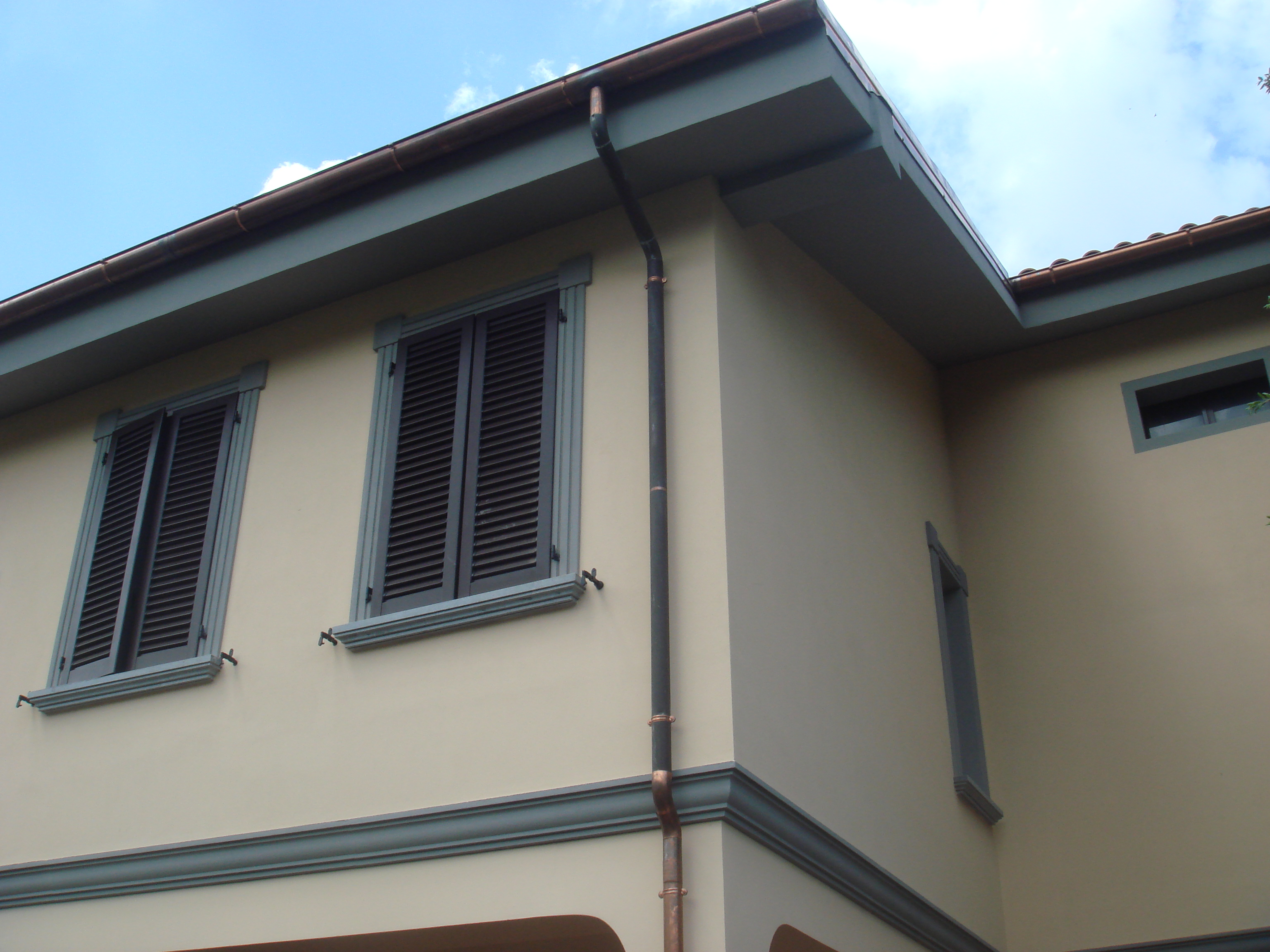 Cornici in polistirolo k systems snc di oliveri isidoro c - Cornici finestre in polistirolo ...